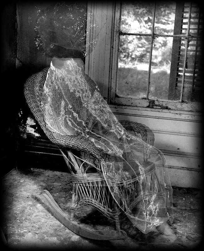 photographie Clarence J Laughlin2