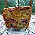 <b>Cake</b> à la fraise/rhubarbe et miel de Lilo ( Cuisine-Campagne )