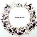 BRA144 - Bracelet breloques argentées et violettes