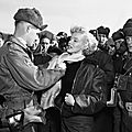 1954-02-17-korea-25th_division-with_sgt_guy_morgan-by_walt_durrell-1