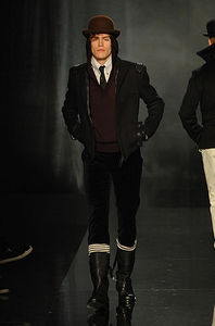 Gaultier_hiver_2008_2009_Homme_11