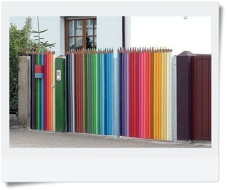 crayons_fence