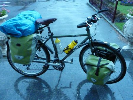 projet de tour du monde et volontariat en vélo