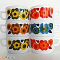 Vaisselle <b>Vintage</b> ... Tasses arcopal (O65) * LOTUS