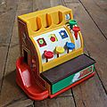 1 <b>caisse</b> enregistreuse Fisher price