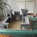 <b>Château</b> <b>fort</b> en carton pour élijah