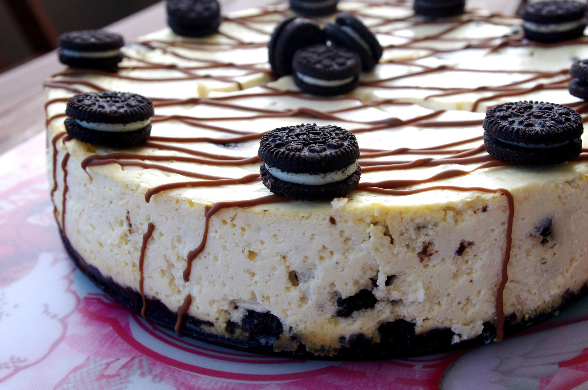 cheesecake oreo philadelphia cake ideas and designs. Black Bedroom Furniture Sets. Home Design Ideas
