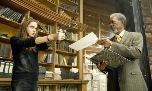 ANGELINA JOLIE & MORGAN FREEMAN