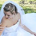 Photo <b>mariage</b> avec petit pendentif et pic à chignon perlés