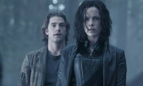 Kate Beckinsale et Scott Speedman dans UnderWorld 2