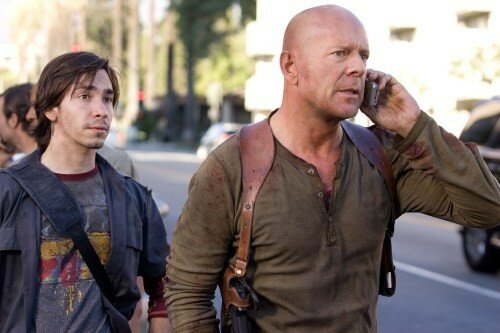 Justin Long & Bruce Willis