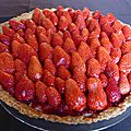 La saison des tartes aux fraises est ouverte!!! Tarte aux fraises de Philippe <b>Conticini</b>.