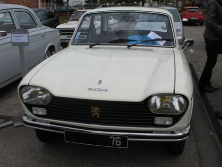 Peugeot204av