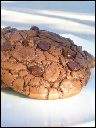 Outrageous_chocolate_cookies
