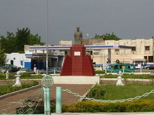 800px-Place_Abdoul_Karim_Camara_-_Bamako