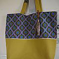 Grand cabas - sac shopping, sac de plage, ... toile jaune-vert anis et tissu style Wax africain - <b>Modèle</b> <b>unique</b> - réversible