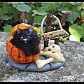 Le Chat Halloween <b>sculpture</b>