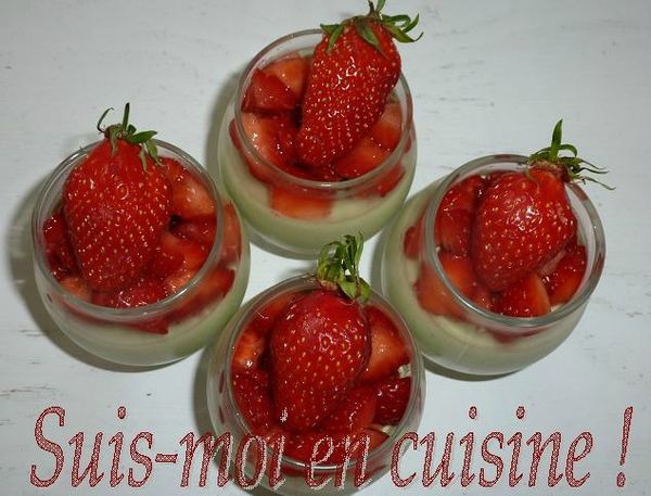 Panne Cotte Vanille Basilic &amp; Fraises 14