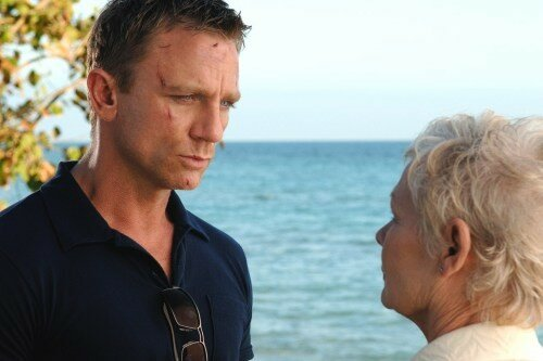 Daniel Craig, alias James Bond, & Judi Dench, le Boss M
