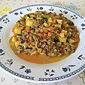 Viande de bœuf hachée et mirepoix de légumes à la dominicaine