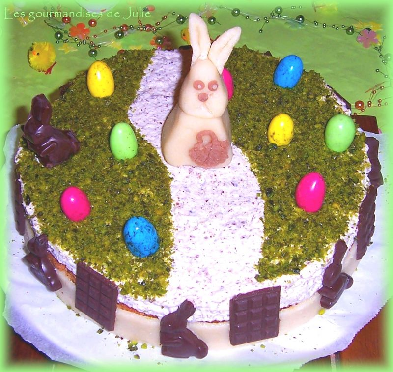 Aujourd\u0027hui je vous propose la recette réalisée pour Pâques  le gâteau est  composé d\u0027un biscuit financier aux amandes, d\u0027une mousse au chocolat et  d\u0027une