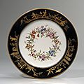 Svres. Assiette en porcelaine dure. XVIIIe sicle, vers <b>1794</b>