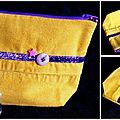 Du velours jaune ... du ruban violet pailleté ... une étoile rose et un bouton ... une <b>trousse</b> <b>à</b> <b>maquillage</b> !