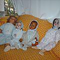 4 poupées anciennes