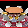 TABLE & CHAISES ANNEES 70 STYLE S. KNOLL <b>TULIPE</b> Vendu
