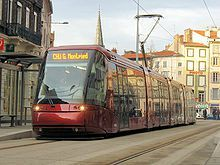 220px-Tramway-clermont-ferrand-2