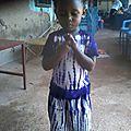 Tenues scolaires pour la rentrée des enfants de <b>Bobo</b> Dioulasso