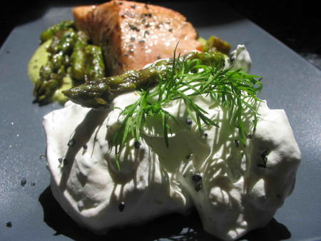 saumon_cr_me_d_asperge_chantilly_aneth_02