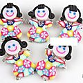 Lot de 15 poupées