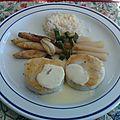 Médaillons de colin et asperges braisées à la sauce citronnée
