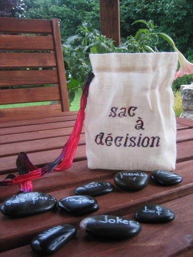 Sac_a_decision_ouvert_redimensionner