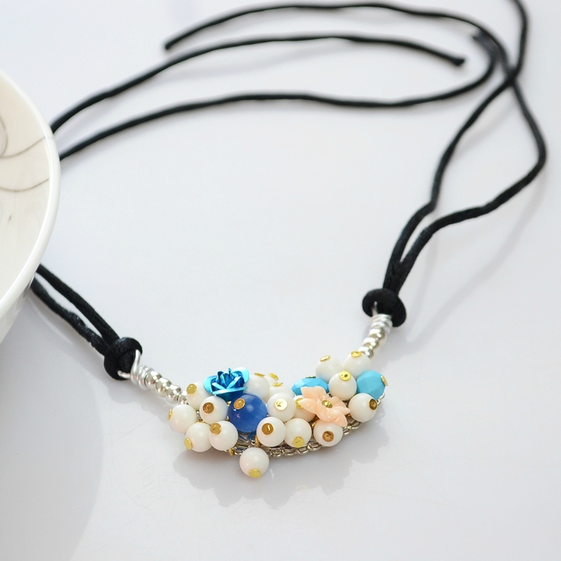 Cluster-Beaded-Pendant-Necklace-0