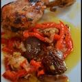 Cuisses de poulet au miel, poivrons et tomates séchées