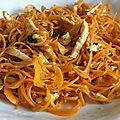 Spaghetti de <b>carottes</b> au Ras el Hanout, coriandre fraîche et huile d'argan