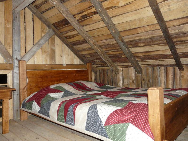 La petite maison dans la prairie l 39 atelier de for Aoutats dans la maison