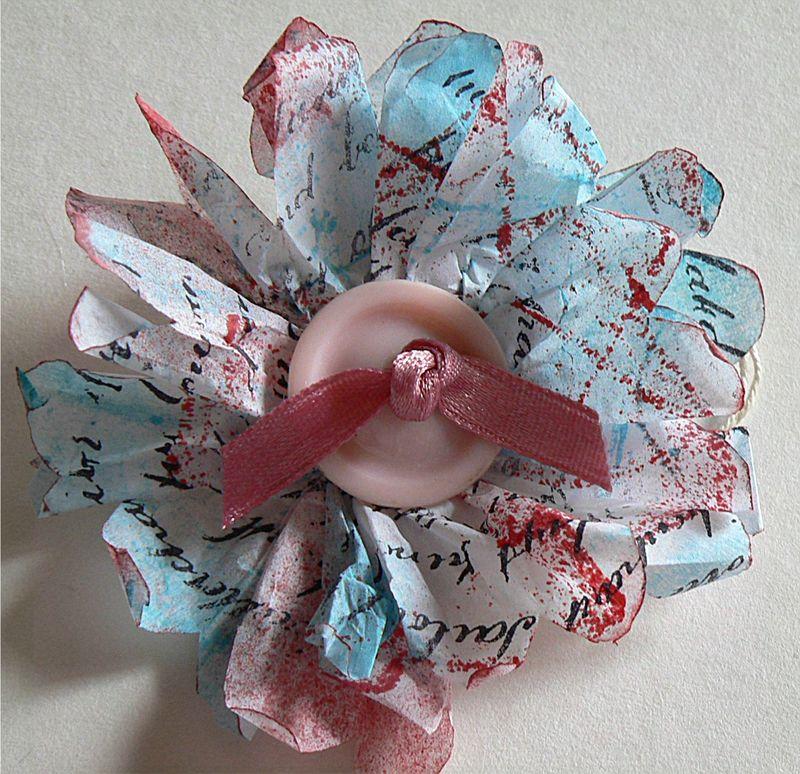 Tuto fleur en papier le blog de la scraposph re - Tuto fleur en papier ...