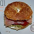 Bagel au <b>saumon</b> & avocat