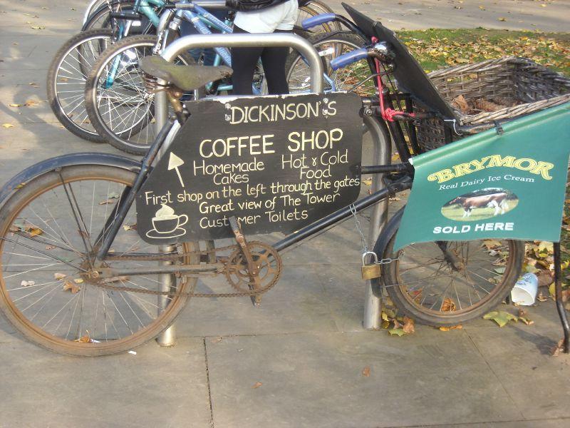 Les Bicyclettes 69712807