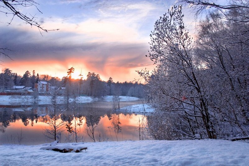 178855__winter-pond-winter-cold-snow-sky-lights-houses-skyline-clouds-lake-beach-forest-trees_p