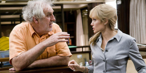 Philip Noyce et Angelina Jolie sur le tournage de SALT
