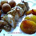 Filets de <b>poulet</b> au cidre, lardons et pommes caramélisées.