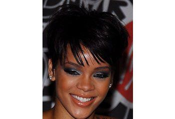 rihanna_makeup