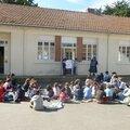 assemblées d'enfants sur l'Afrique et l'Asie