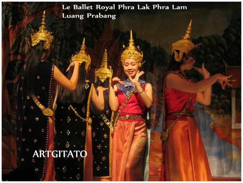 Le Phra Lak Phra Lam Argitato Luang Prabang 2