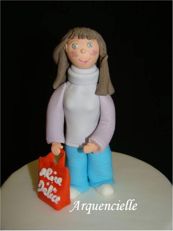 Gâteaux à l'effigie d'entreprises, magasins, logos 68757398