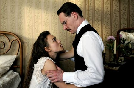 a-dangerous-method-keira-knightley-michael-fassbender(1)
